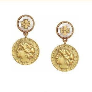 NWOT Tory Burch Coin Drop Earring